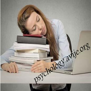 عوامل کم خوابی