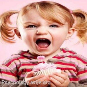 درمان کودکان بیش فعال با دارو